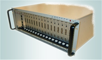 High card volume PXI chassis, here fully populated with Spectrum MX series cards